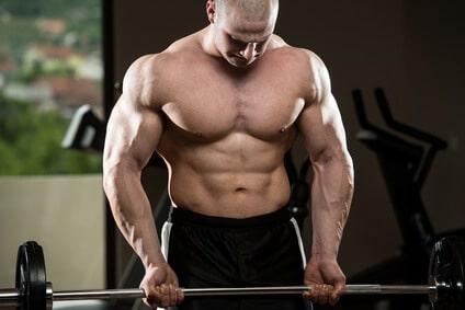 mann bodybuilding bizeps curls