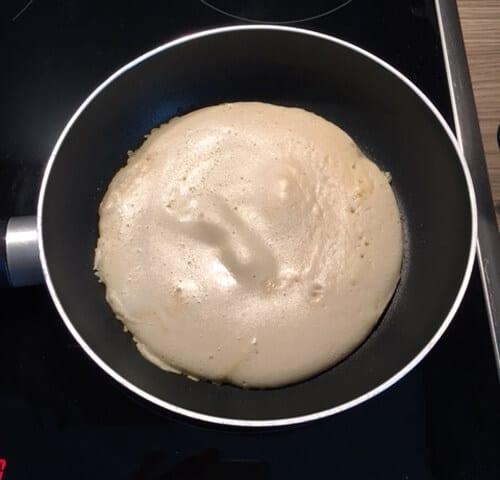 bodylab24-protein-6-pancake-teig-in-pfanne