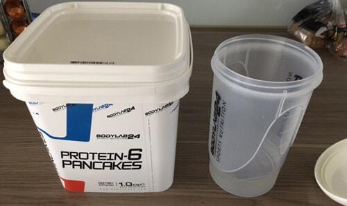 bodylab24-protein-6-pancake-verpackung-und-shaker