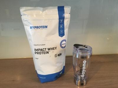 myprotein-impact-whey-test-tuete-und-shaker