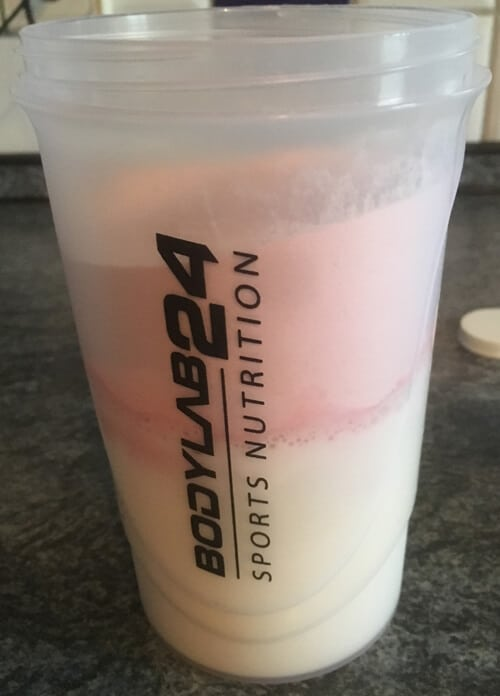 bodylab24 weight gainer pulver im shaker