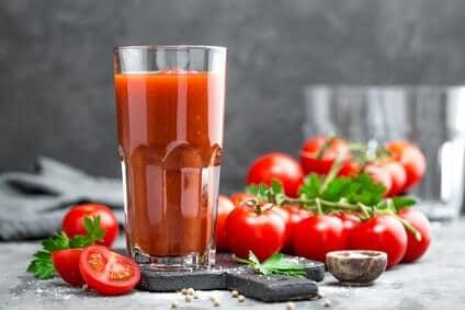 whey-protein-mit-tomatensaft