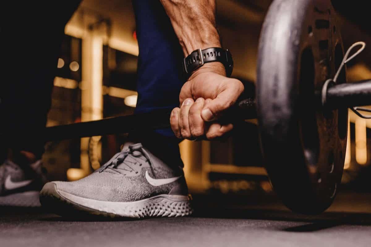 Kreatin und Eiweißbooster im Gym