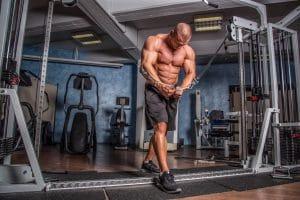 Kabelzug Muskelaufbau Bodybuilding